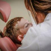 Como saber si mi hijo necesita ortodoncia